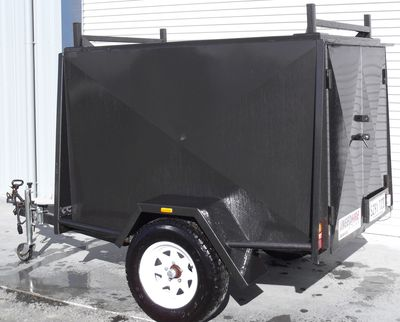Trailer   6 x 4 Enclosed