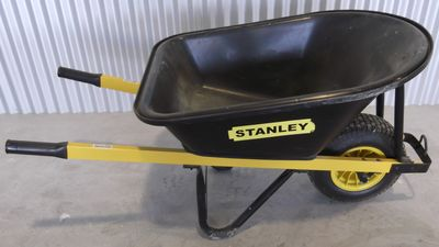 Wheel Barrow   Heavy Duty